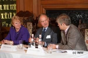L-R: Lynne Sherriff MW, Marchese Piero Antinori, David Gleave MW